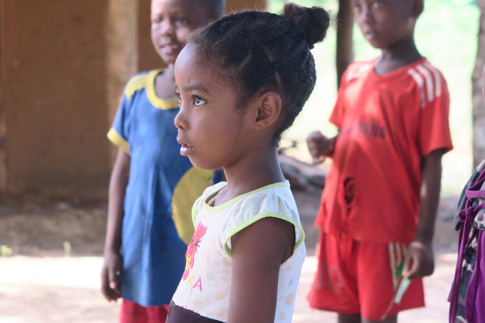 MADAGASCAR : Meeting The Children Of Begoago