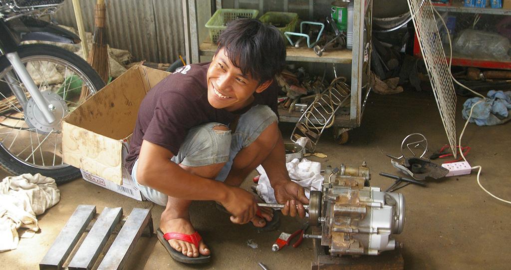 CAMBODGE : 4ème Année De Formation Professionnelle Dans Le Village De Khla Kaun Thmeï